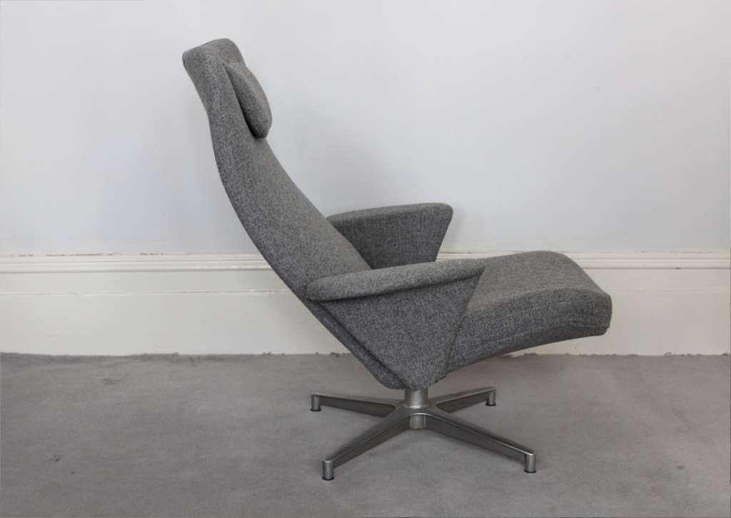 Mid-Century swivel armchair by Swedish designer Alf Svensson