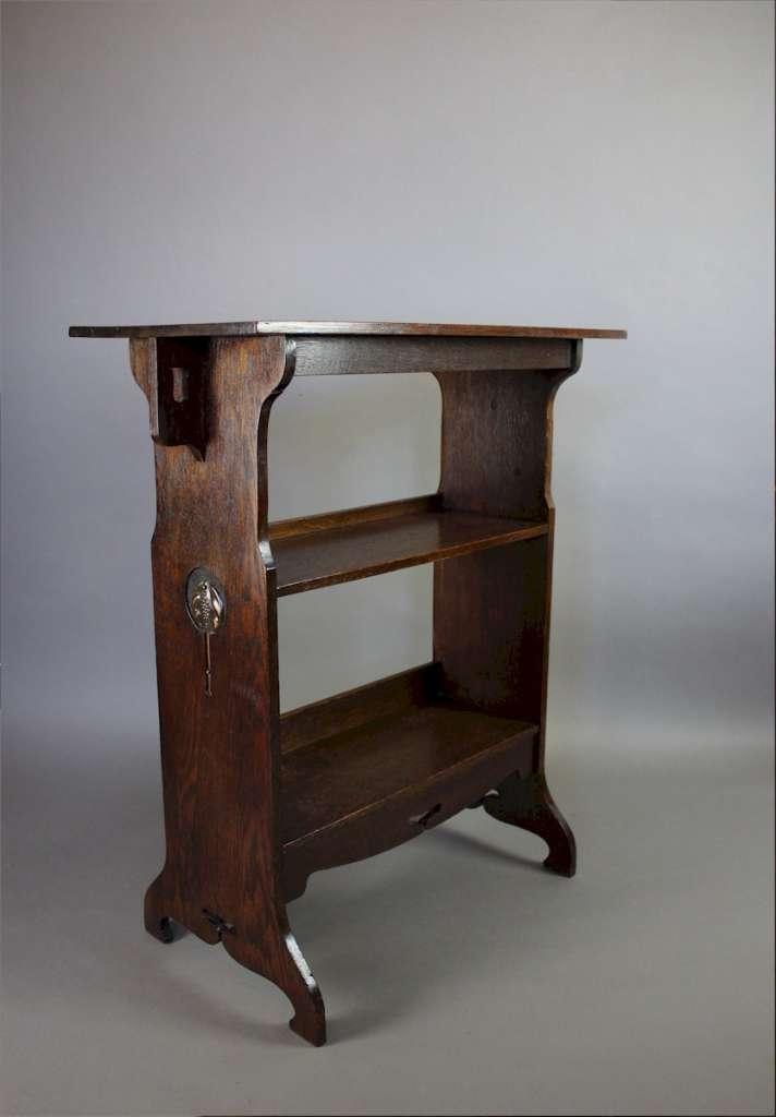 arts and crafts side table bookshelf c1900 furniture. Black Bedroom Furniture Sets. Home Design Ideas