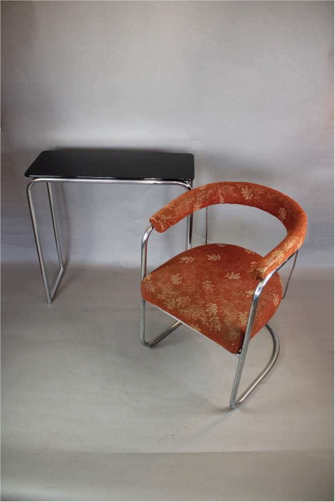 Pair of 1930's Modernist chromed tubular steel chairs by PEL