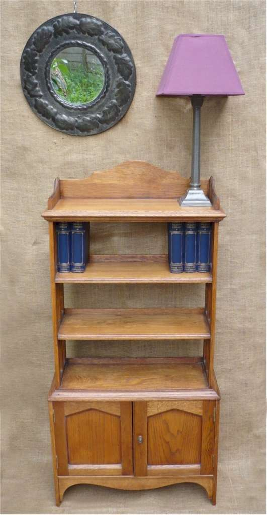 Arts and crafts bookcase in golden oak art furniture for Arts and crafts bookshelf