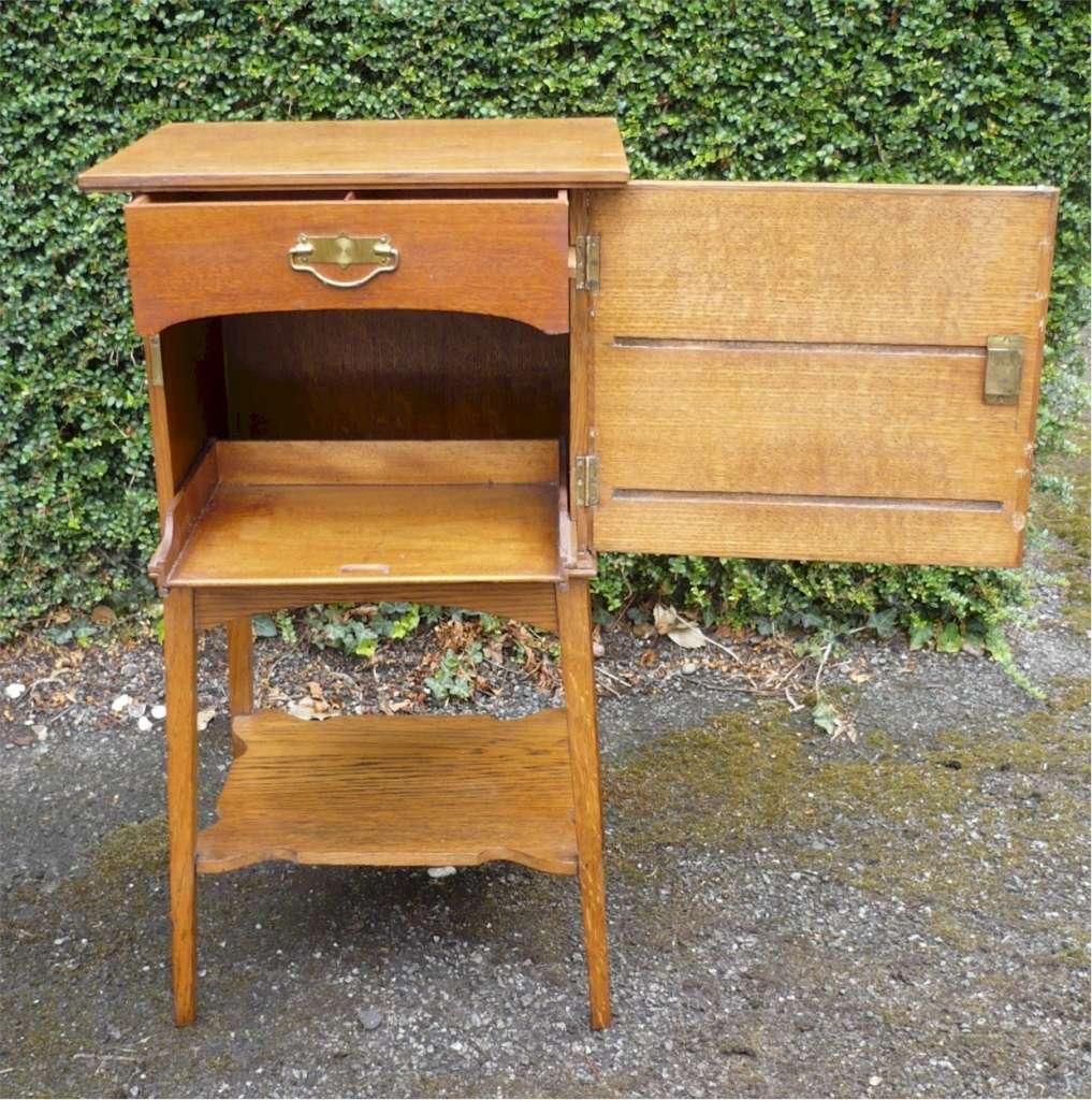 Arts And Crafts Side Cabinet In Golden Oak Art Furniture