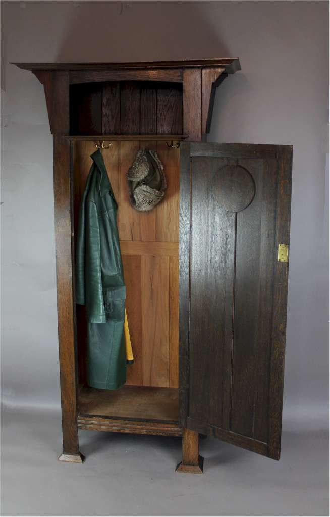 Arts And Crafts Oak Hall Cupboard Furniture Bedroom