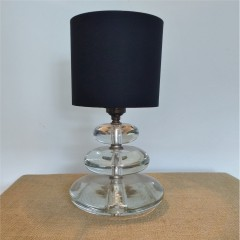 Glass pebble table lamp
