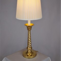 Candlestick tablelamp in brass