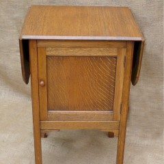 Bedside cabinet with extensions to both sides