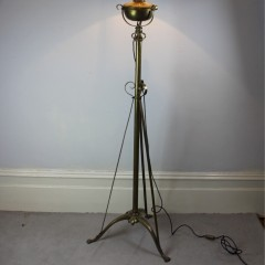 Victorian brass standard lamp in the manner of Hinks and Benson