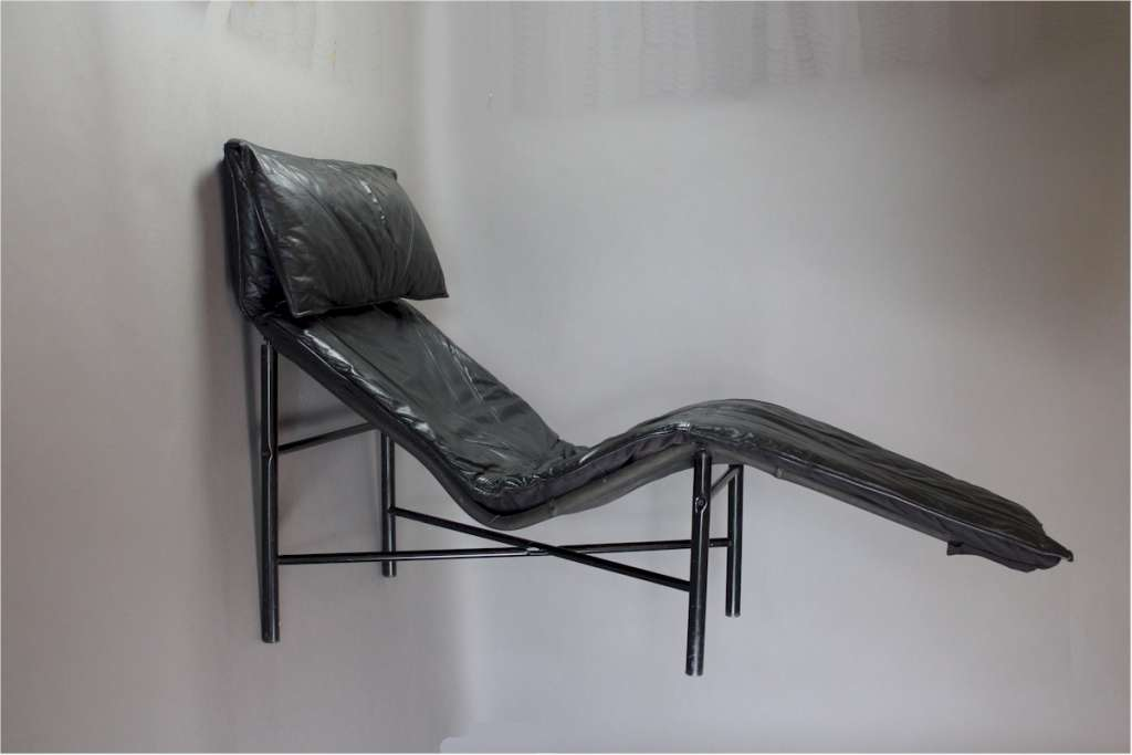 Tord bjorklund designed chaise longue circa 1970 sold for Solde chaise longue